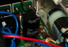 The capacitors are Nippon Chemicon, a top quality brand.